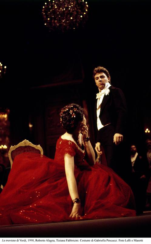 5-La traviata di Verdi, 1990, Alagna, Fabbricini. Costumi di Pescucci Foto Lelli e Masotti