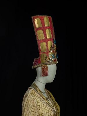 2-I Troiani_particolare_3 di Berlioz, 1982. Costume di Lagerfeld per Didone (Vejzovich). Foto Francesco M. Colombo